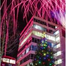 Jewellery-quarter-christmas-lights-switch-on-1509271073
