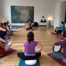 Drumming-meditation-workshop-1495445370