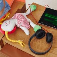 Kids-hour-creating-music-with-garageband-1541624658
