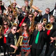 The-worcestershire-youth-jazz-orchestra-1430552227