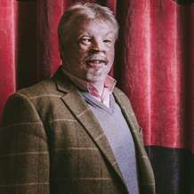 Simon-weston-1479418380