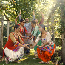 Asian-folk-dance-classes-1524570270