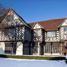 Tudor-christmas-tours-1505940360