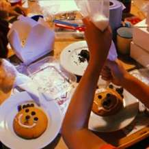 Baking-and-decorating-cookies-1541799297