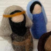 Needle-felting-nativity-scene-part-2-1569098755