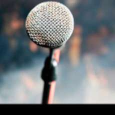 Stand-up-showcase-1517866645