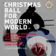 A-christmas-ball-for-a-modern-world-1477336160