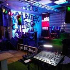 Big-dan-s-open-mic-night-1581540466