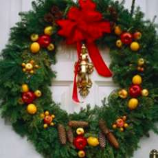 Christmas-wreath-making-1552311358