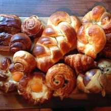 Sweet-breads-and-viennoiserie-1490128907