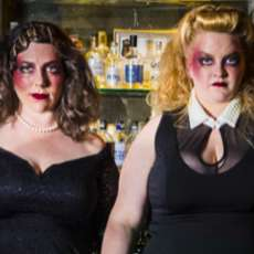 Mothers-ruin-a-cabaret-about-gin-1513079320