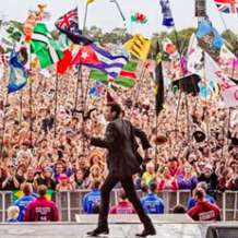 Lionel-richie-at-glastonbury-1571685863