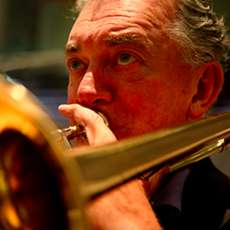 Birmingham-big-band-with-trombonist-gordon-campbell-1504000459