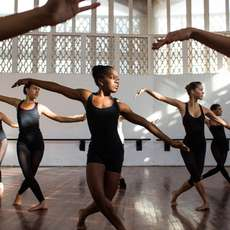 Cuban-contemporary-dance-workshop-1493463772