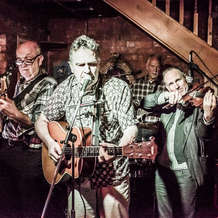 Chaos-acoustic-club-at-the-old-moseley-arms-b12-9qu-1448555369