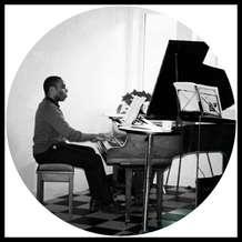 Piano-lounge-1526933025