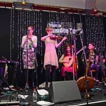 Irish-traditional-music-concert-london-lasses-and-support-1405865080