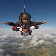 Hospice-tandem-skydive-day-1521561880