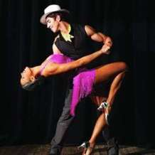 Cuban-salsa-lessons-intermediate-level-1554192234