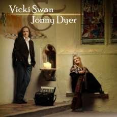 Vicki-swann-jonny-dyer-1563105670
