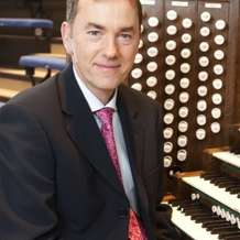 Lunchtime-organ-concert-thomas-trotter-1401739817