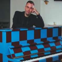 Nicholas-mccarthy-in-recital-1534878021