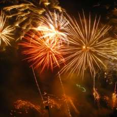 The-vale-fireworks-1509272136