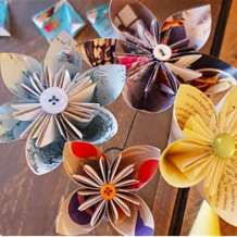 Making-kusudama-paper-flowers-1579465660